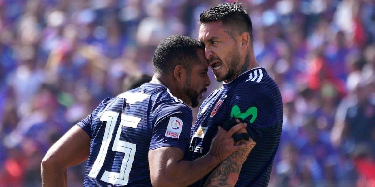 Pelea entre compañeros del mismo equipo y una nariz rota dejó como saldo el Clásico en Chile