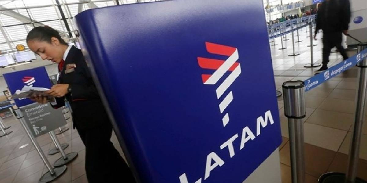 Latam extiende plazo de cancelación y reprogramación de vuelos por huelga