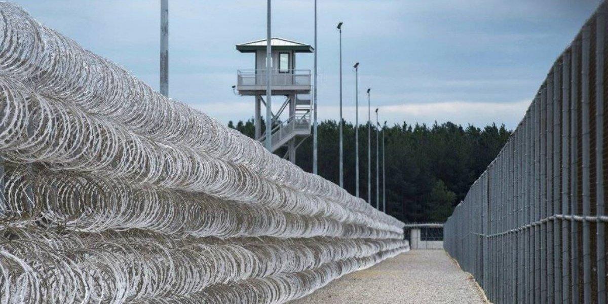 Mueren siete reos tras pelea en cárcel de Carolina del Sur