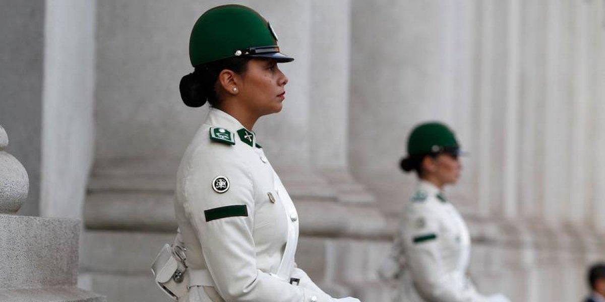 Más igualdad en La Moneda: el Palacio ya tiene a sus dos primeras Centinelas mujeres