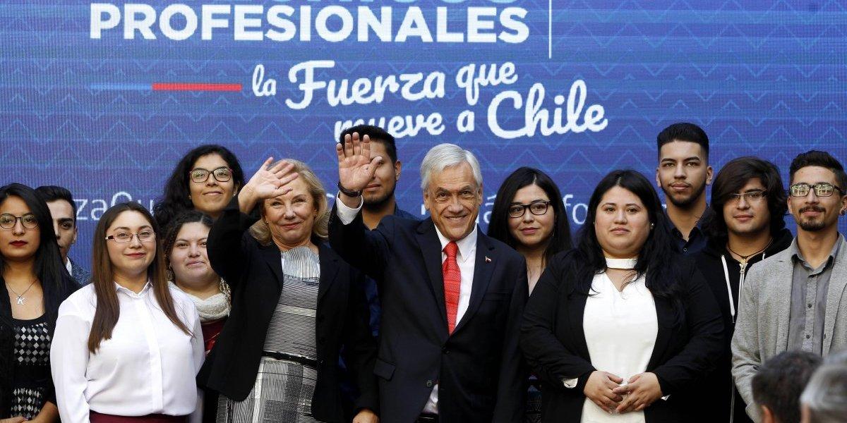 Beneficiará a 13 mil estudiantes Presidente Piñera firmó proyecto de ley que aumenta la gratuidad para alumnos de IP y CFT