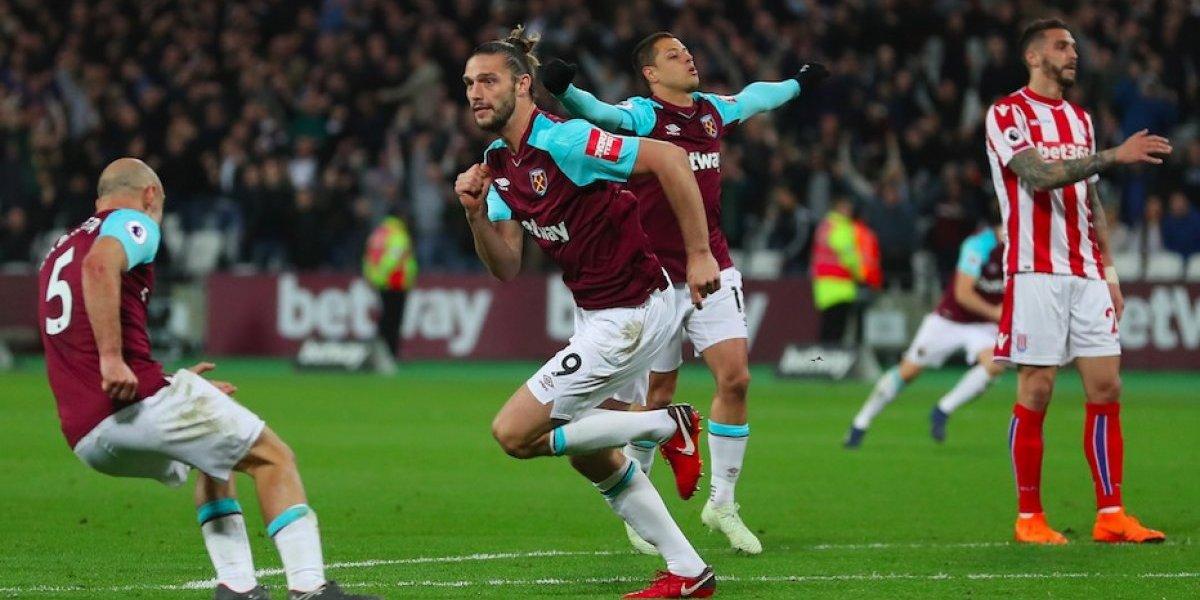 Con 'Chicharito' en la cancha, el West Ham empata ante el Stoke City