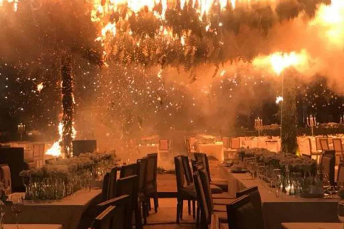 Boda termina en tragedia al incendiarse el sal n de for Acuario salon de fiestas