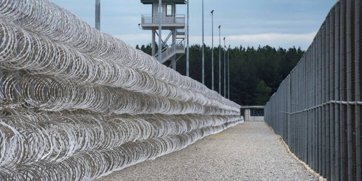Motín en cárcel de Carolina del Sur deja 7 muertos