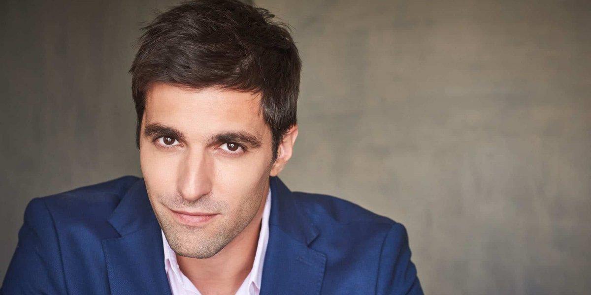 Osvaldo de León disfruta sus facetas como actor y productor