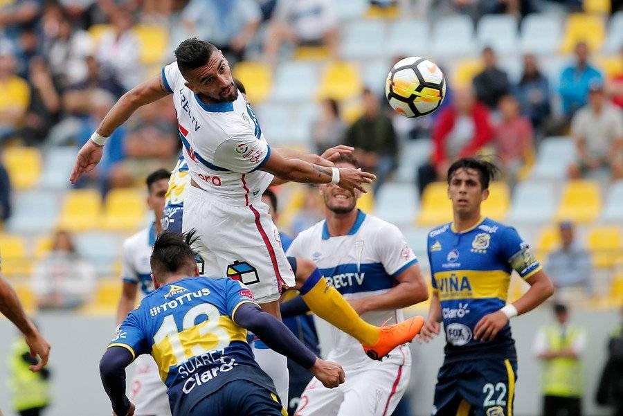Branco Ampuero, el defensa con más minutos en la UC de Beñat / Foto: Photosport