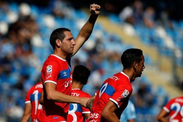 Luciano Aued es uno de los pilares de la UC en el presente torneo: ha jugado todos los minutos y registra 3 goles / Foto: Photosport