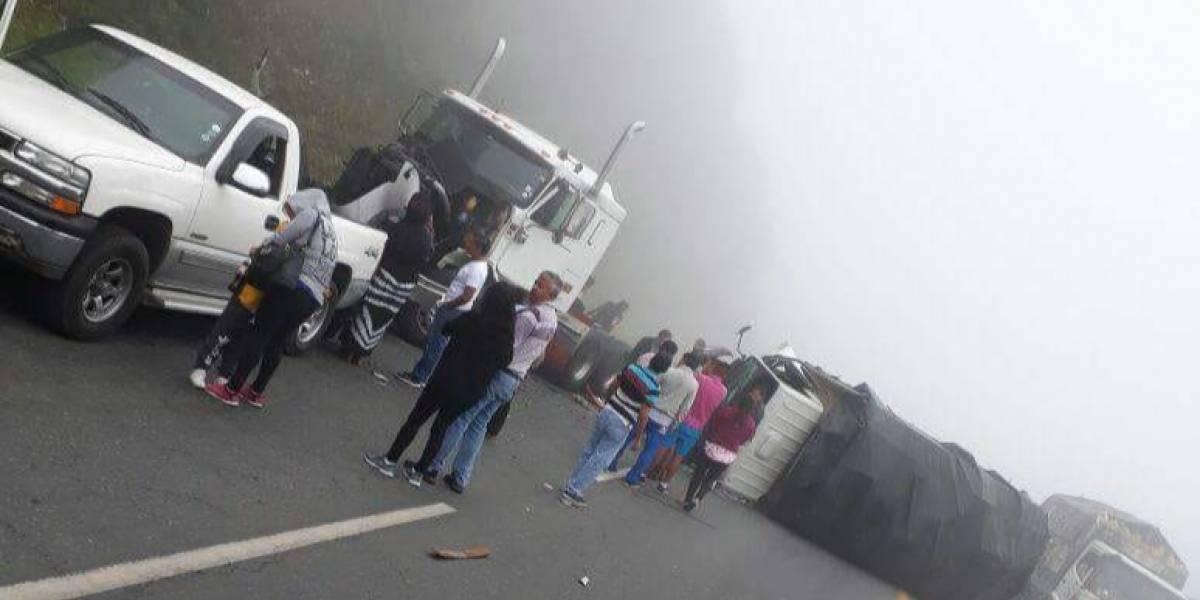 Un herido tras accidente de tránsito en la vía Alóag-Santo Domingo