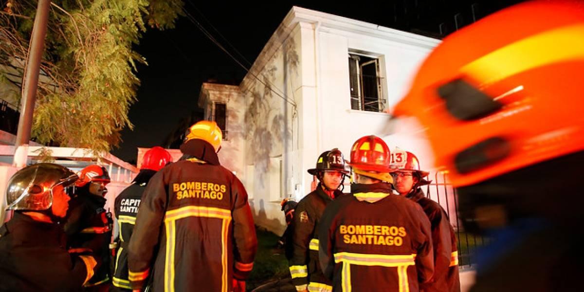 Joven de 25 años fallece tras incendiarse su casa en Ñuñoa