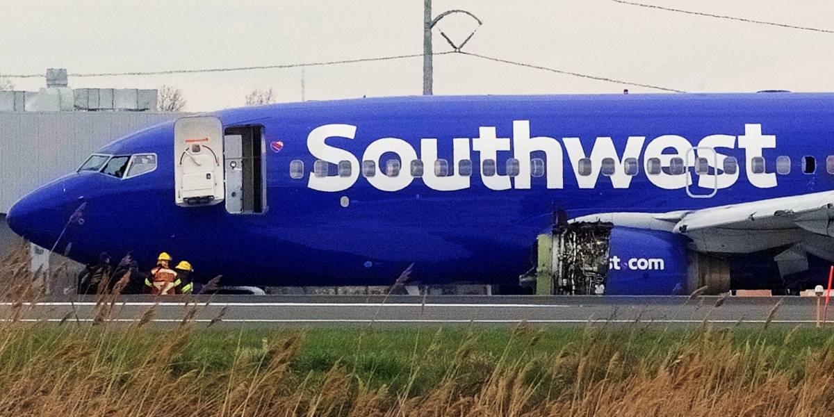 Passageira morre após quase ser 'sugada' de avião nos EUA