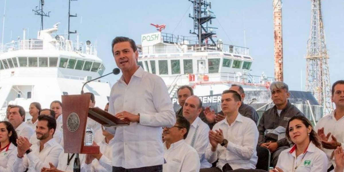 Peña Nieto anuncia financiamiento de 50 mmdp a empresas en ZEE