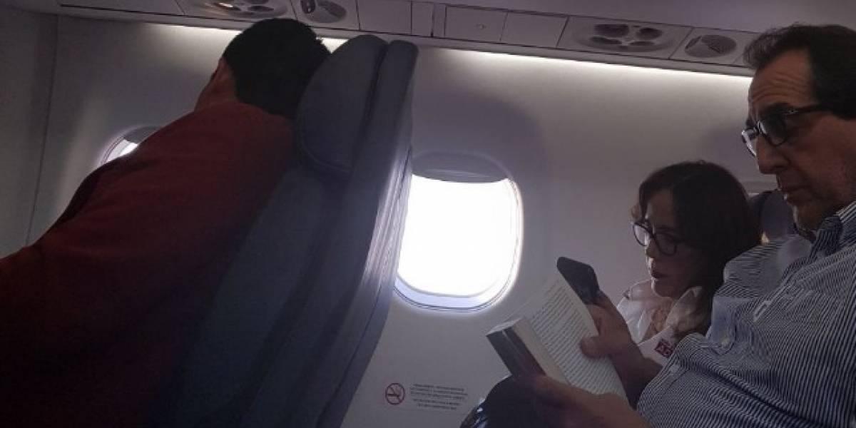 Usuarios en redes acusan, ahora, a Yeidckol de volar en primera clase