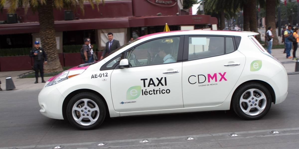 Taxis de la CDMX deberán cambiar sus taxímetros por unos digitales: Semovi