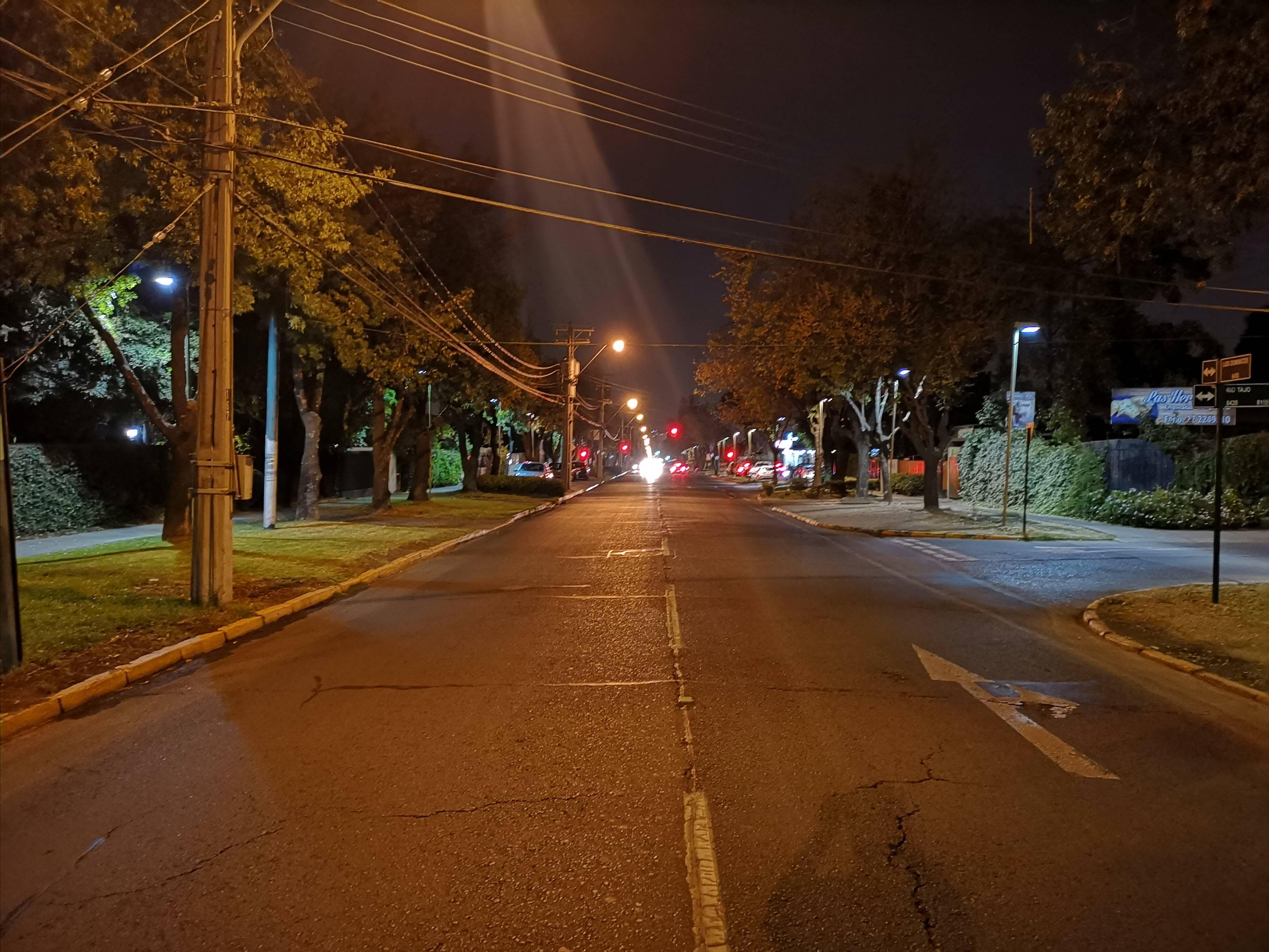Calle de noche P20 Pro