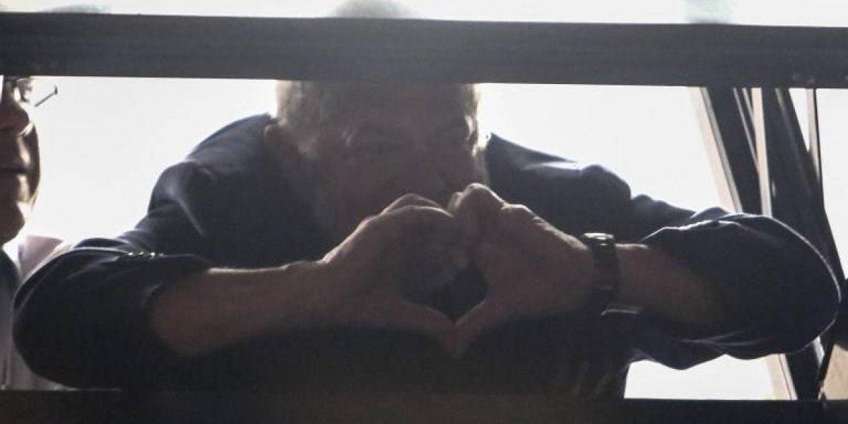 """Lula envía primer mensaje desde la prisión: """"Estoy tranquilo pero indignado"""""""