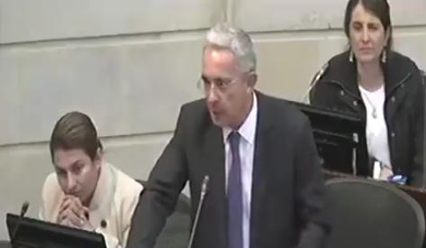 La corrección de Uribe a Paloma Valencia por la consulta anticorrupción