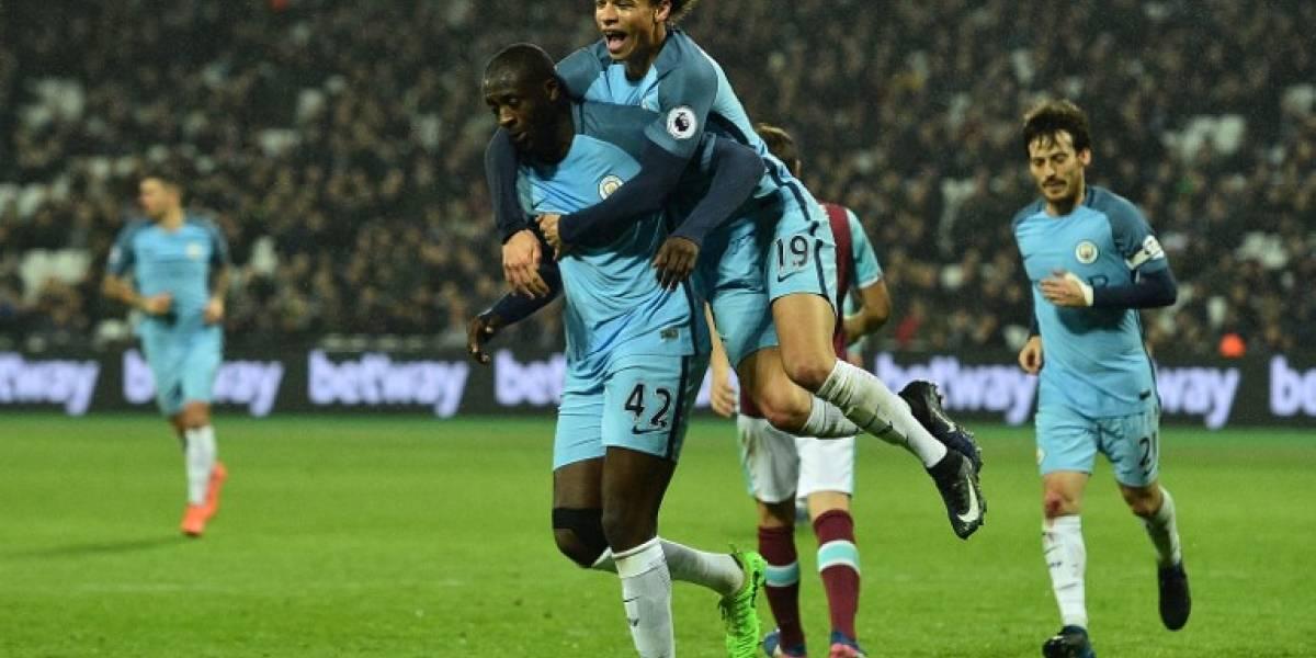 Manchester City goleó y dejó su arco en cero en el primer partido de Bravo en la banca