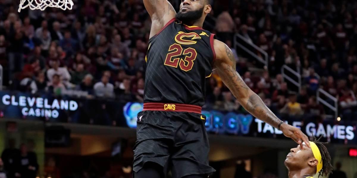 LeBron anota 46 puntos y Cavaliers empatan la serie