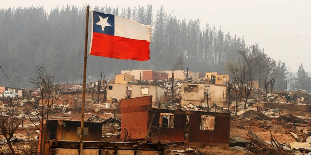 Incendios forestales: Junaeb da más plazo a estudiantes de zonas afectadas para postular a becas