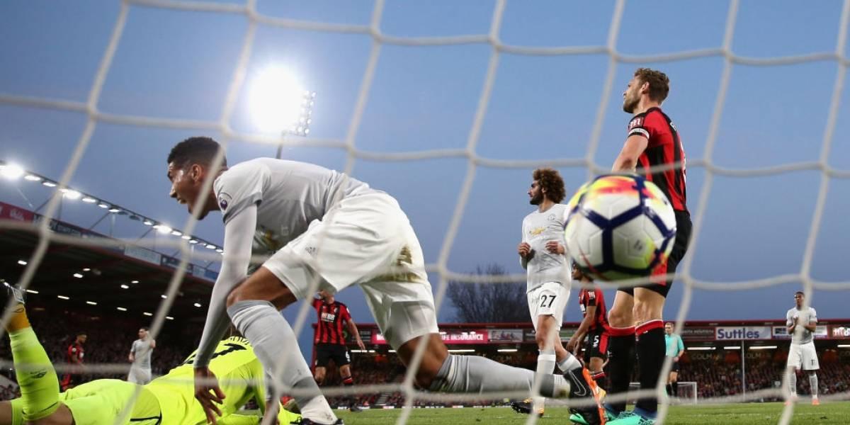 Con Alexis en la banca y sin jugar: Manchester United ganó y casi aseguró su paso a la próxima Champions
