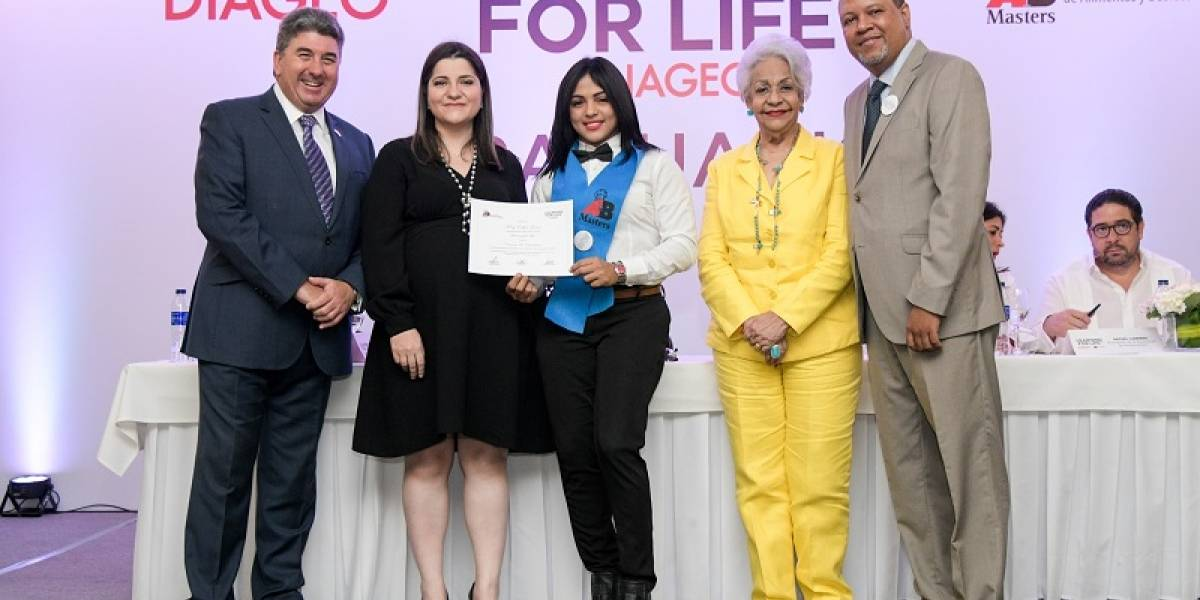 "#TeVimosEn: Programa ""Learning For Life"" gradúa 462 nuevos profesionales"