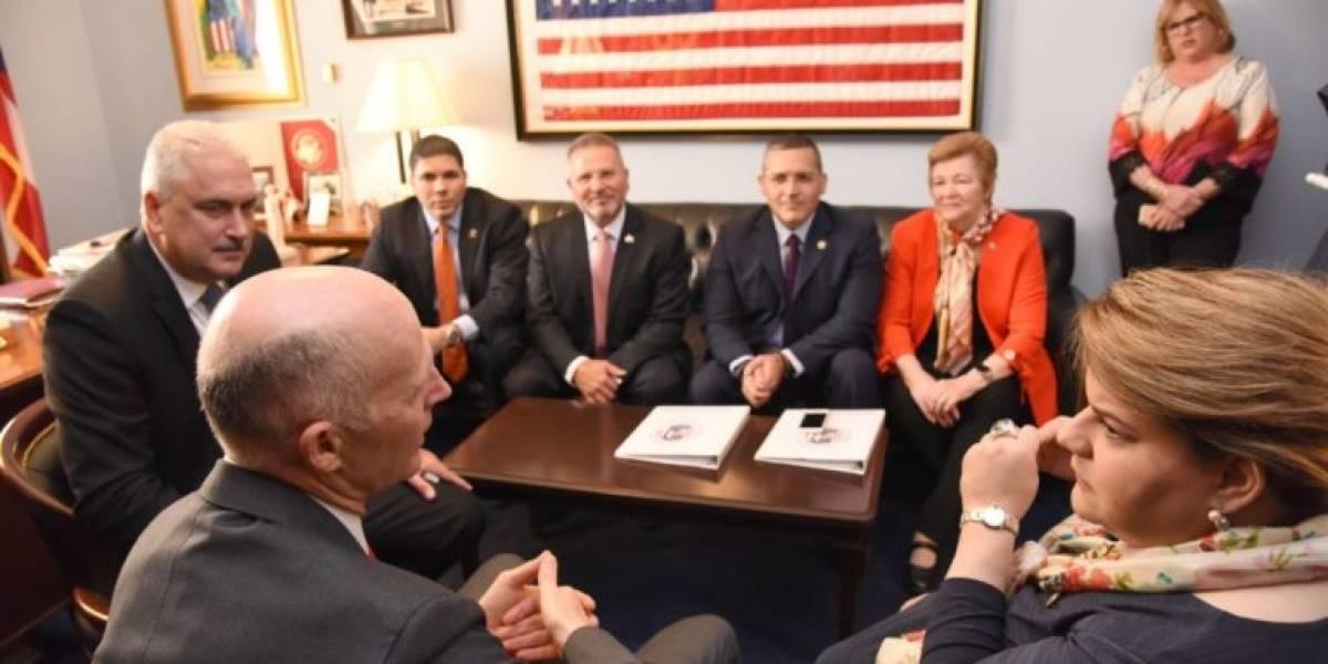 Comisionada Residente se reúne con el gobernador de Florida