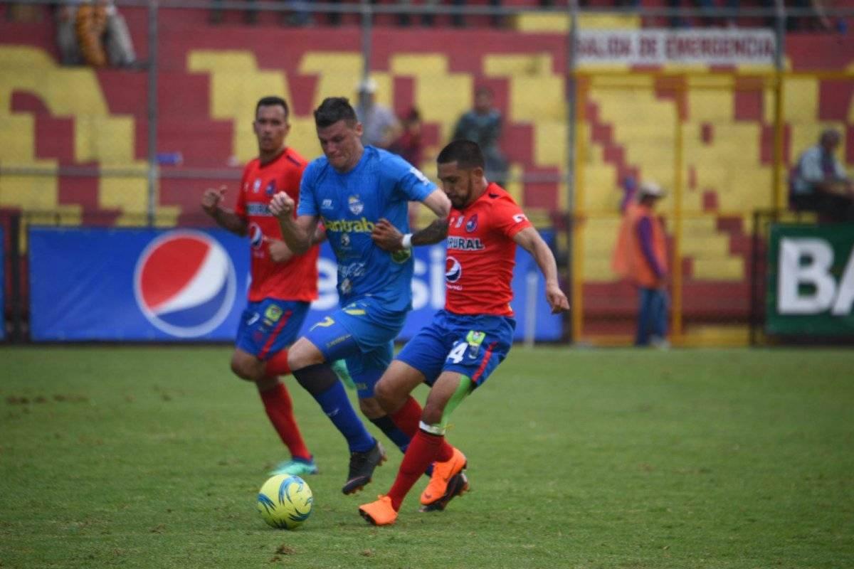 Alas y Orlando Moreira en el Trébol