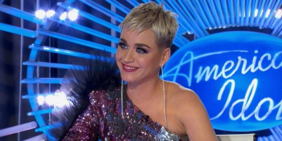 VIDEO. Se le rompe el pantalón a Katy Perry y termina enseñando todo al público