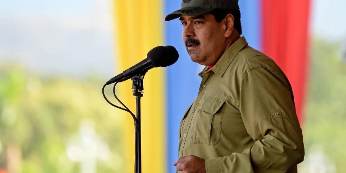 """""""Mis saludos a Miguelito"""": Maduro ofrece su apoyo a Díaz-Canel en Cuba"""