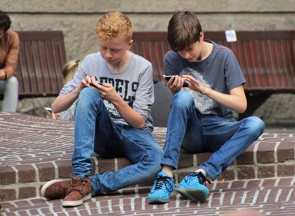 Mitos y verdades: ¿Realmente ayuda en algo bloquear las aplicaciones de usted celular para economizar batería?