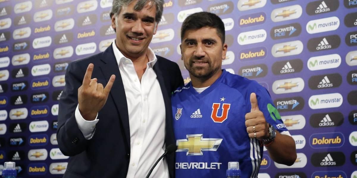 """Pizarro se vistió de azul tras ofrecerse a costo cero a Wanderers: """"Quedé sordo del portazo que me dieron"""""""