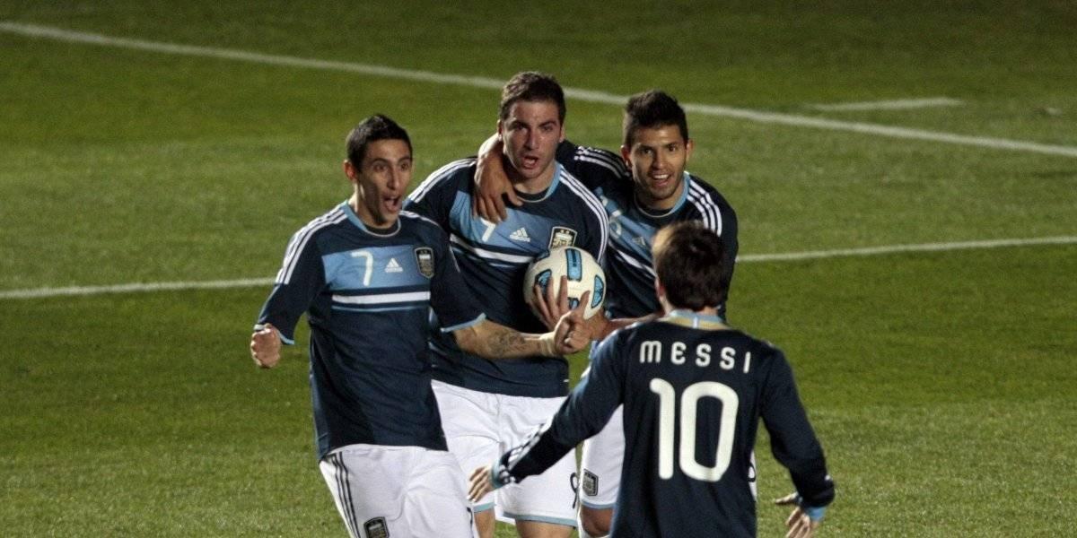 Crack argentino fue operado de la rodilla y podría perderse el Mundial