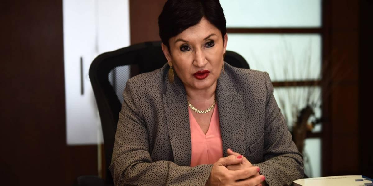 Equipo de Thelma Aldana aclara facturas por cursos que la exfiscal impartió en Usac