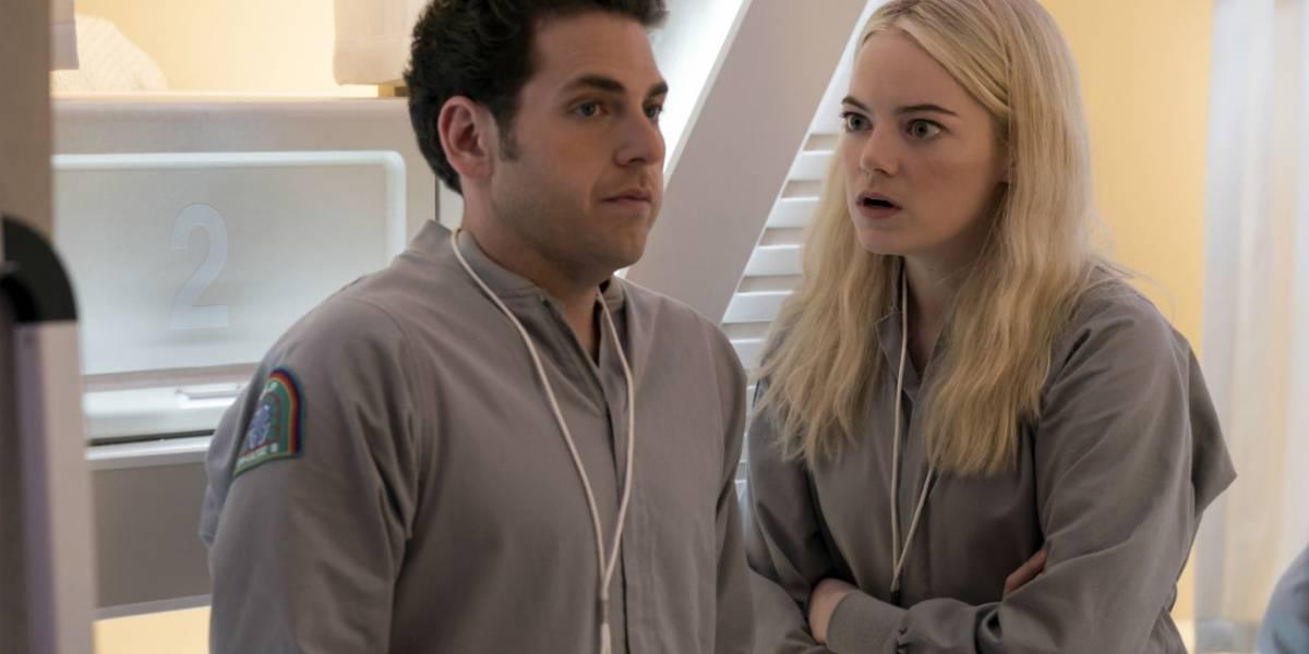 Netflix divulga imagens de sua nova série, com Emma Stone e Jonah Hill