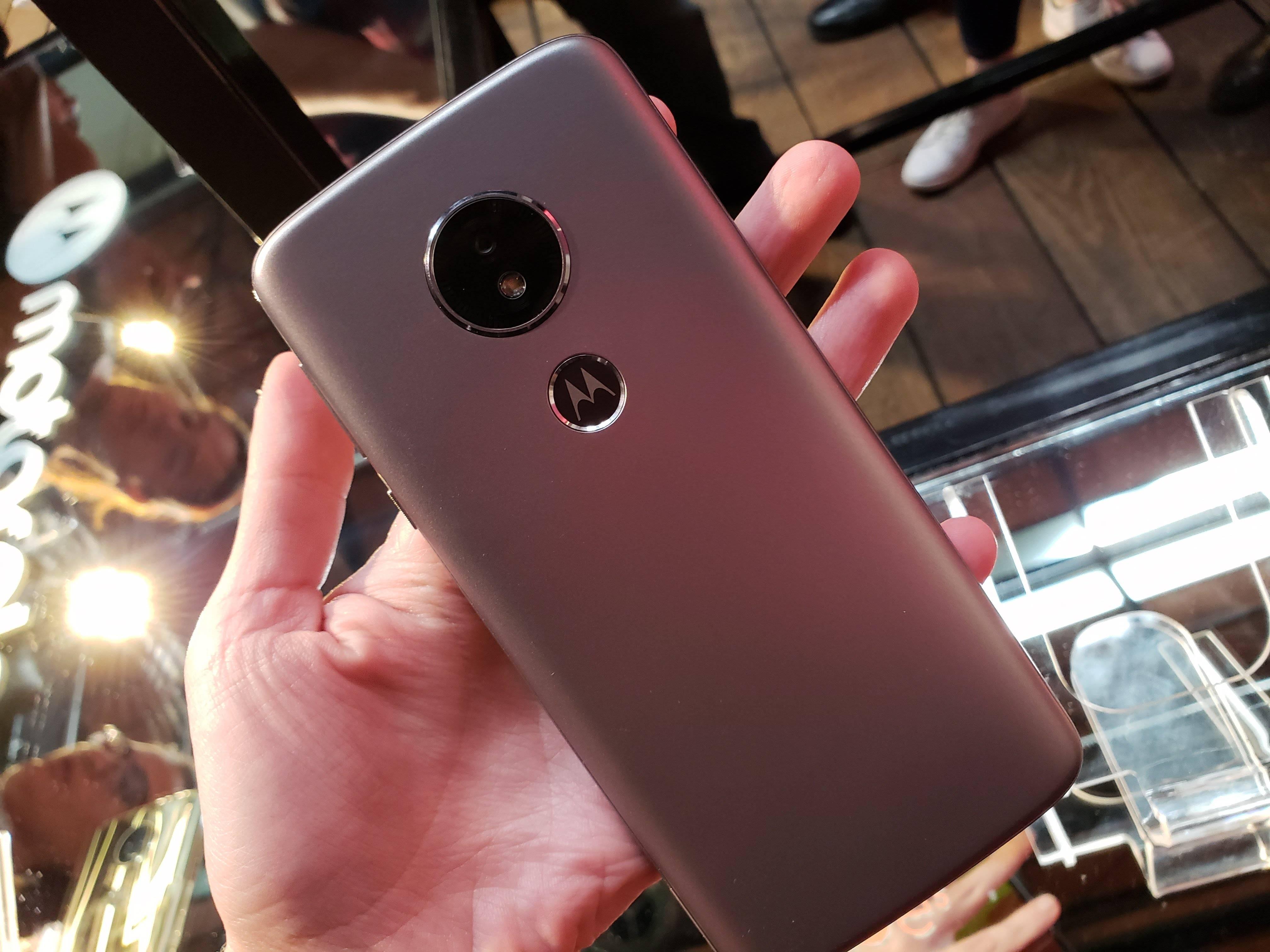 Conoce los nuevos Moto E5 y Moto E5 Plus de Motorola