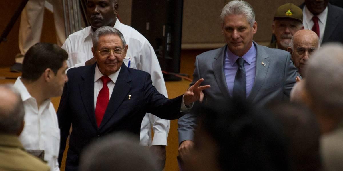 """""""Seremos fieles al ejemplo de Fidel y Raúl Castro"""": Miguel Díaz-Canel asume la presidencia de Cuba"""