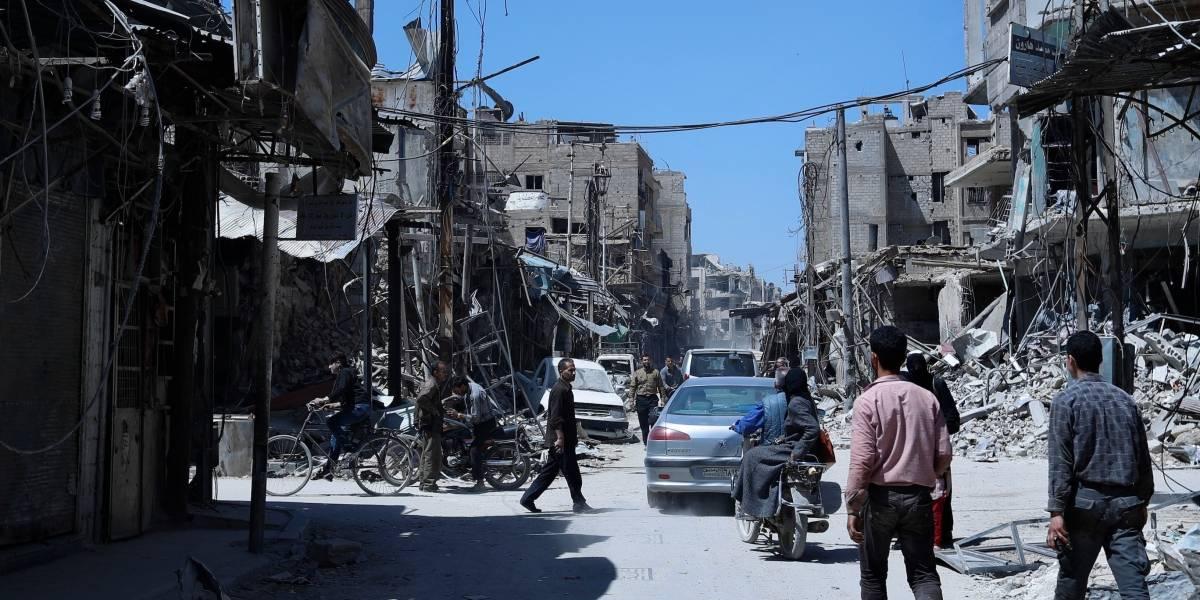 Siria: rebeldes entregan las armas en pueblo cercano a Damasco