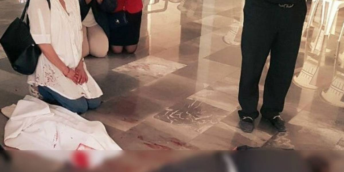 Apuñalan a sacerdote momentos antes de oficiar la misa en una iglesia de México