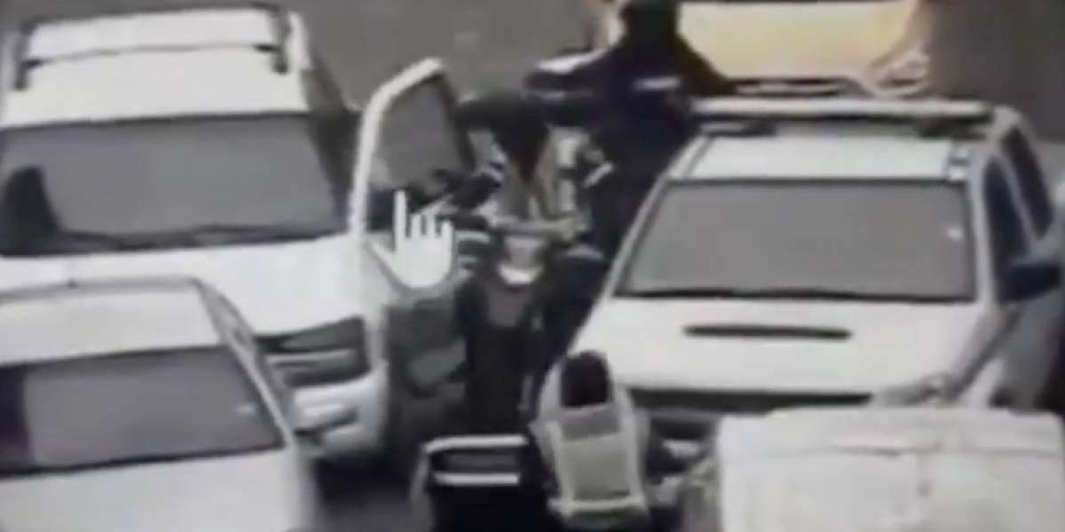 Conductor de vehículo que casi atropella a peatones en Cuenca queda en libertad