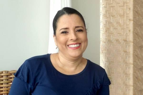 Claudia Couper