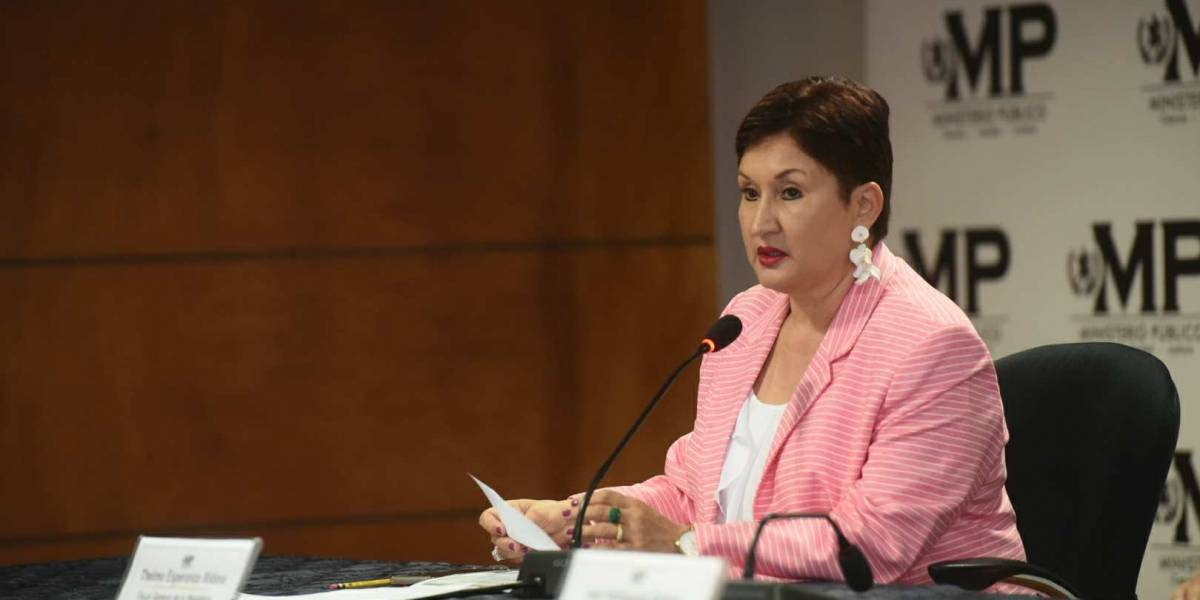 Fiscal General habla sobre los documentos que se han viralizado con señalamientos contra su esposo