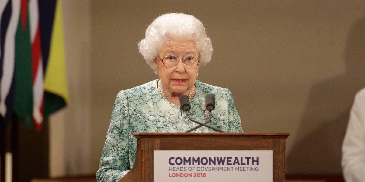 Isabel II pide que el príncipe Carlos le suceda ante la Commonwealth cuando ella muera