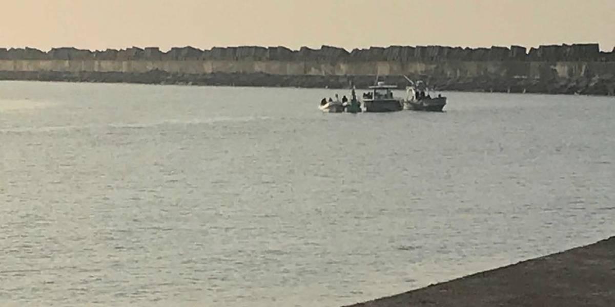 Ejército intercepta embarcación en aguas del Pacifico