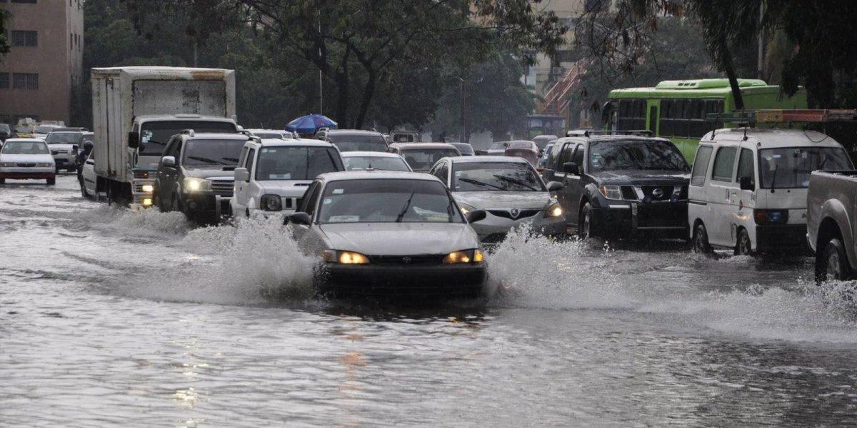 Las lluvias continuarán durante este jueves por una vaguada, según la Onamet