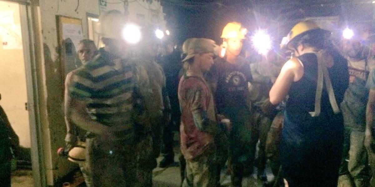 Rescatan a 14 personas que quedaron atrapadas en una mina de Marmato, Caldas