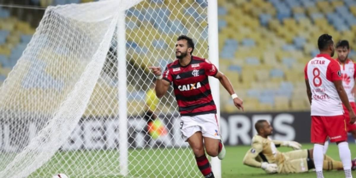 Torcida do Flamengo não perdoa empate em casa para o Santa Fé; veja as reações