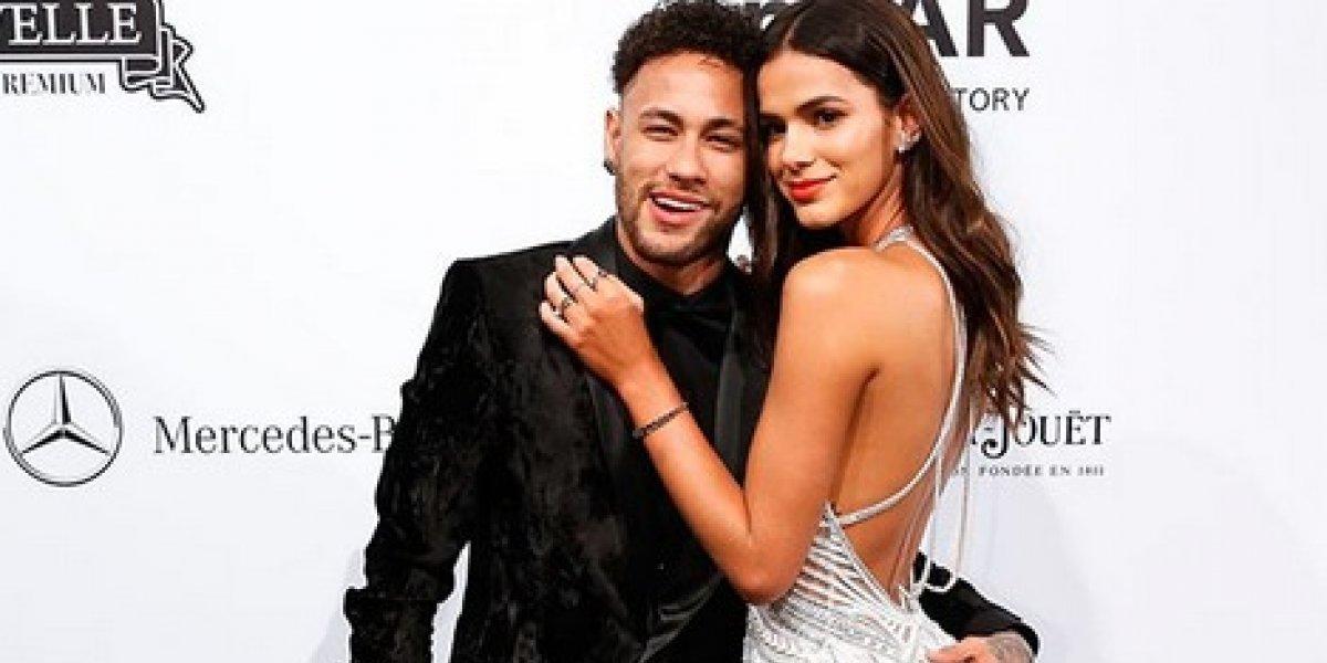 Bruna Marquezine cambia estampa de Neymar por la de cualquier futbolista