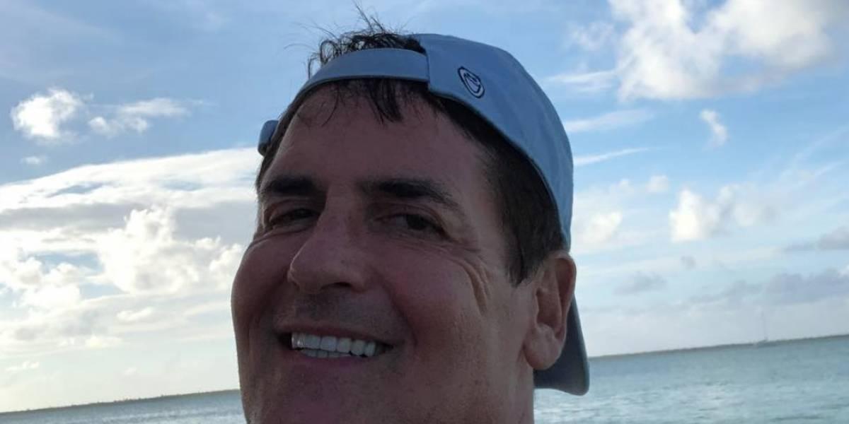 En la isla junto a Barea el dueño de los Mavericks de Dallas