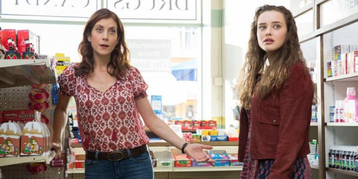 Em entrevista, atriz revela tema da segunda temporada de '13 Reasons Why'