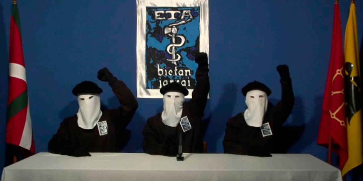 """""""Lo sentimos de veras"""": Grupo terrorista ETA pide perdón por sus crímenes"""